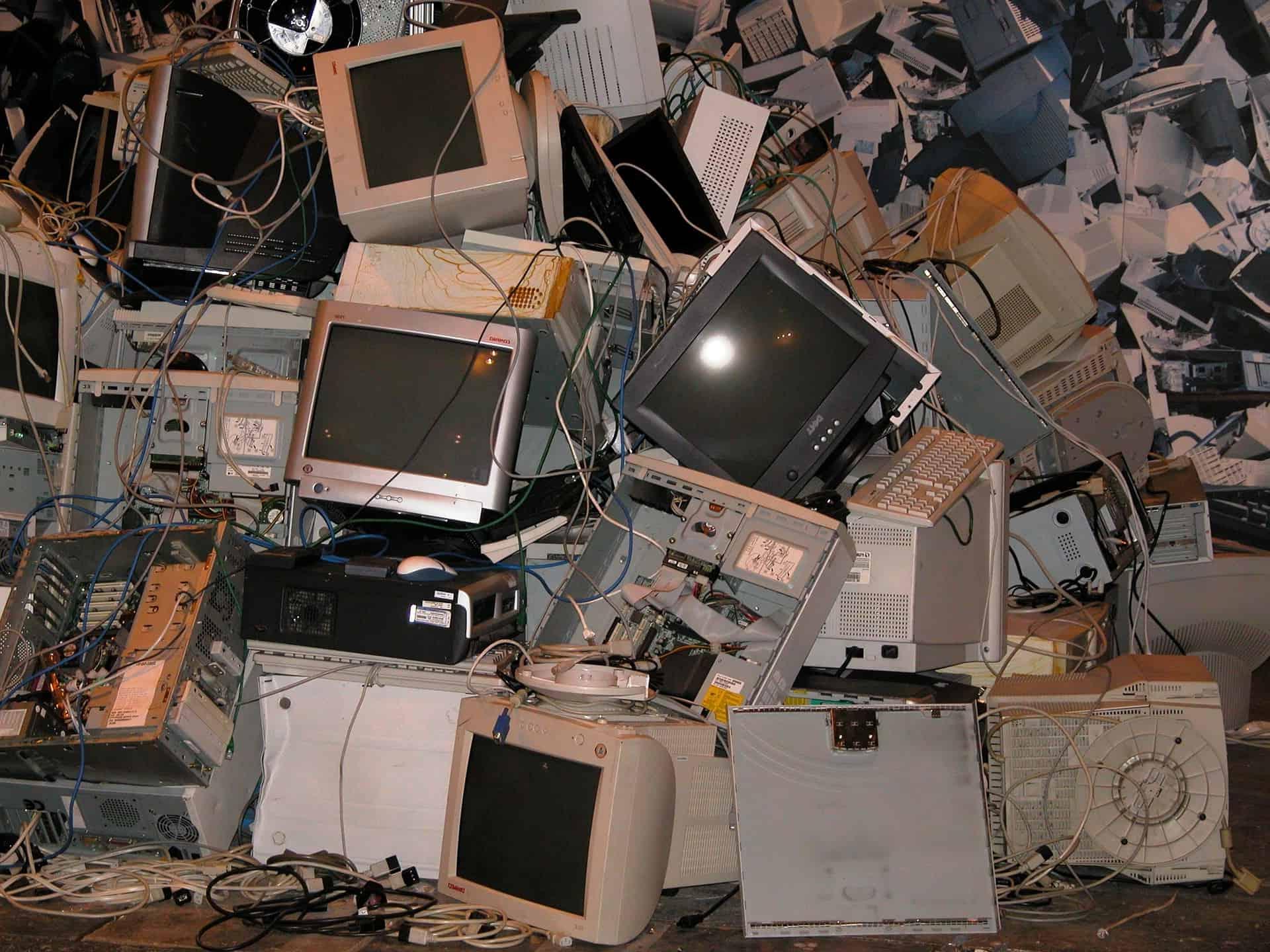 Recupero e lo smaltimento RAEE gratuito con eMondoTech